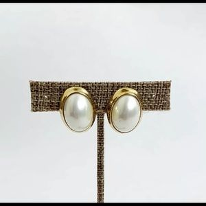 Vintage Kenneth Jay Lane Faux Pearl Clip Earrings